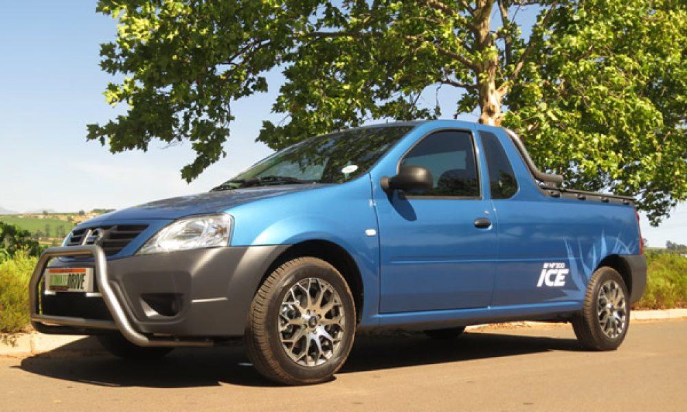 Nissan NP200 Met Ys ja!