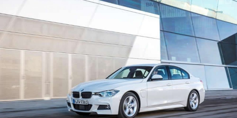 BMW 330e eDrive Technology The best of both worlds? Article: Richard Wiley